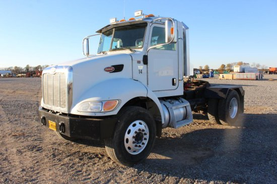 2008 Peterbilt 335 S/A Daycab Truck | Commercial Trucks