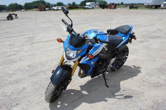 2015 Suzuki GSX-S750 Motorcycle
