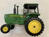 John Deere 4450 Ertle Toy tractor