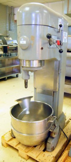 Hobart M802 80qt mixer
