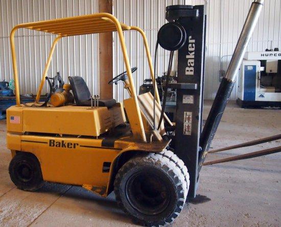 Baker/Otis Forklift