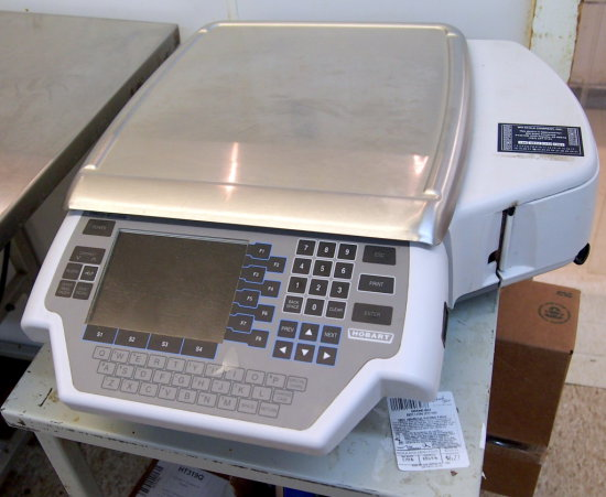 Hobart 30lb scale, printer, pricer & labeler,