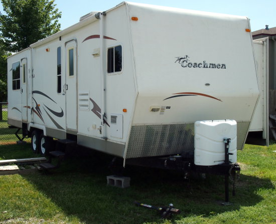 2007 32' Coachmen Spirit of America