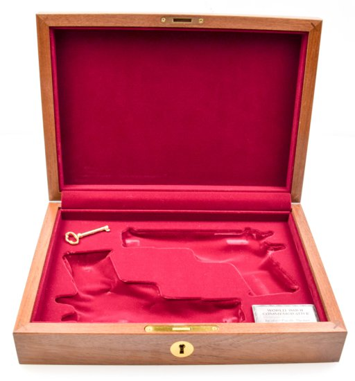 Oak 1911 Presentation Case