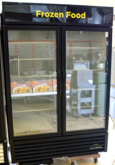 True 2dr Full View Freezer
