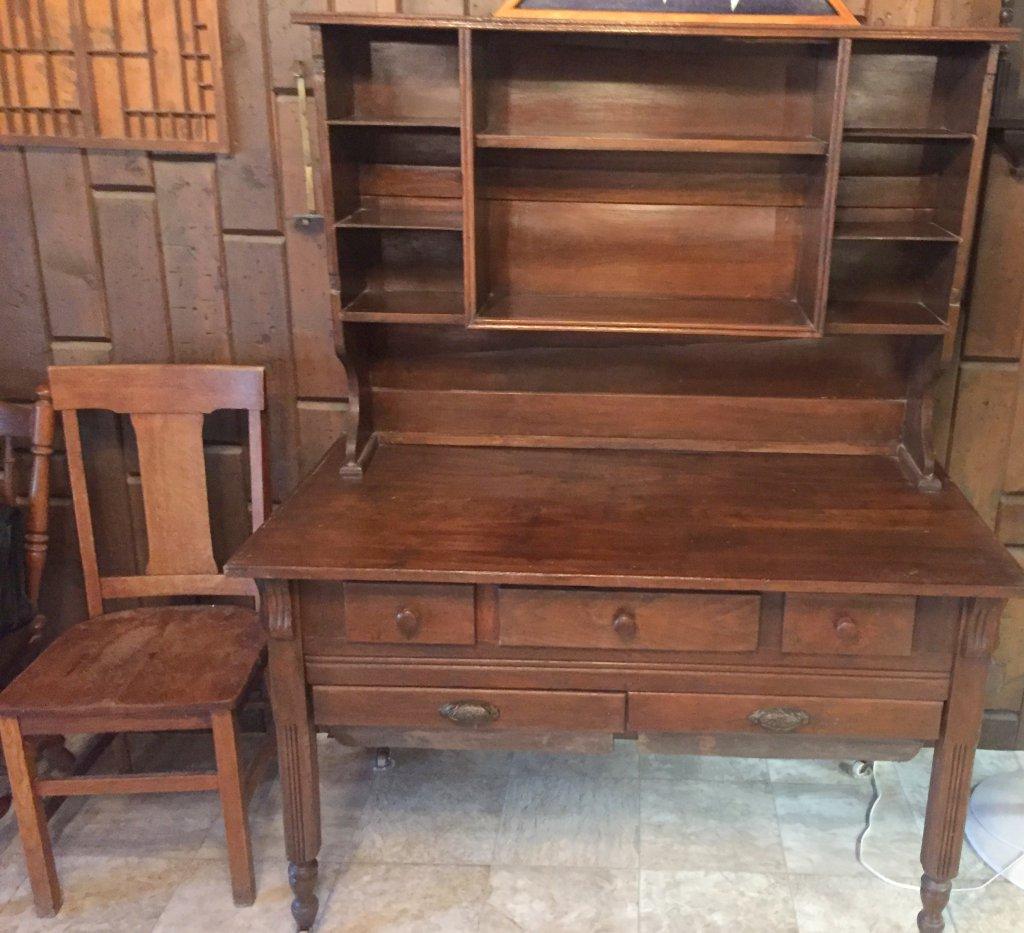 Possum Belly Kitchen cabinet