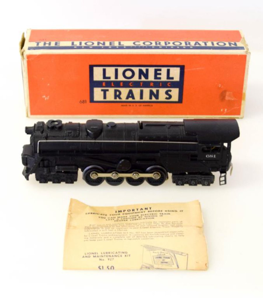 Lionel Turbine S-2 Locomotive No. 681