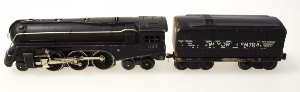 Lionel Dryfuss No. 221 Locomotive & Tender