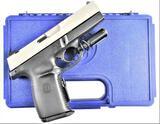 Smith & Wesson - SW40V - .40 S&W