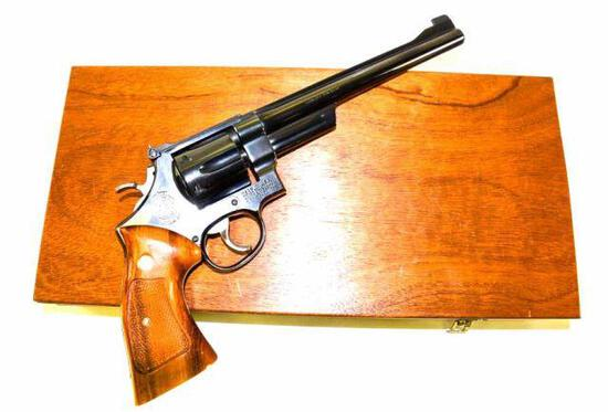 Smith & Wesson - Model 27-2 - .357 Magnum