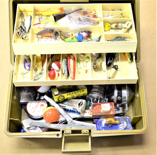 Old Pal Tackle Box with Tackle