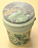 Swivel Seat Bucket with Tackle