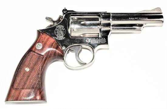 Smith & Wesson - Model 19-3 - .357 Magnum