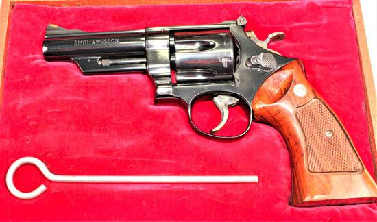 Smith & Wesson - Model 57 - .41 Magnum