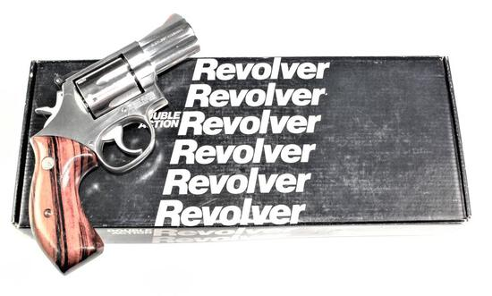 Smith & Wesson - Model 686-1 - .357 Magnum