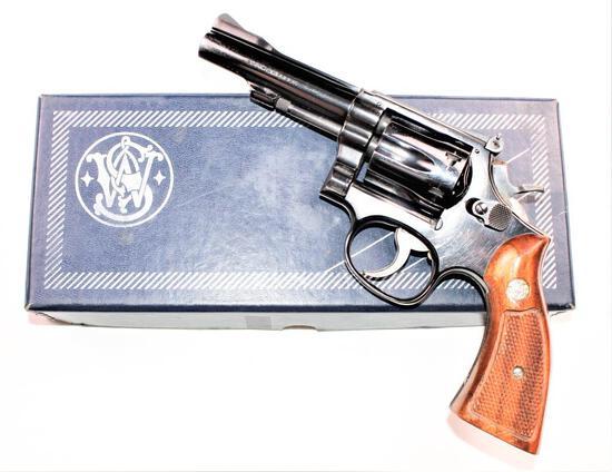 Smith & Wesson - Model 18-3 - .22 lr