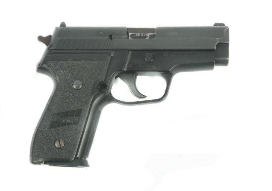 SIG SAUER P229 .40 S&W