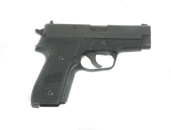 Sig Saur P228 9mm Para