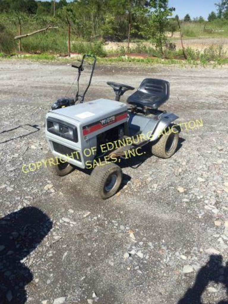 WHITE 8HP LAWN MOWER (AS IS)