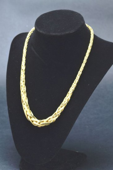 ITEM 21: Y. GOLD ENTWINED DRESS NECKLACE