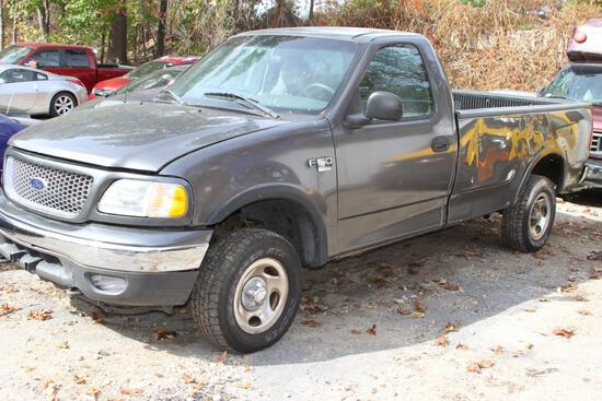 2003 Ford F150 1/2 ton 4WD