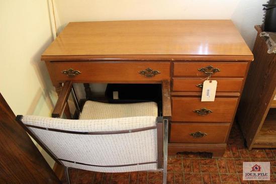 Bassett desk and chair