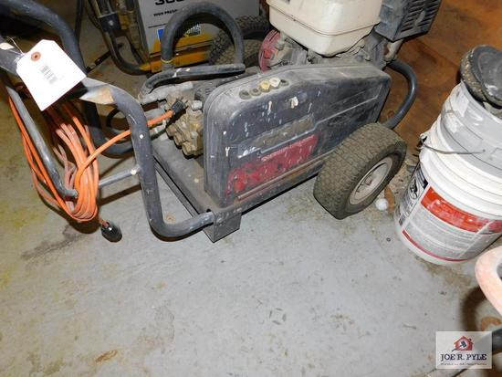 Pressure Washer powered by 11hp Honda Engine