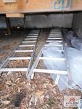 2 Pieces of Aluminum Ladder