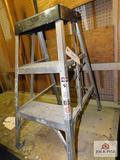 3' aluminum step ladder