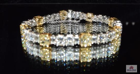 Lady's tennis bracelet