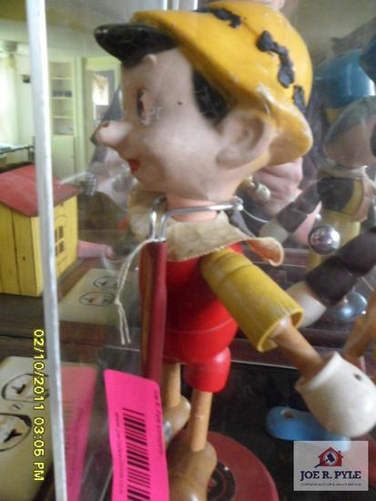 Marionette Pinocchio made by ideal novelty
