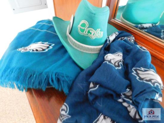 Eagles: throw, hat, scarf