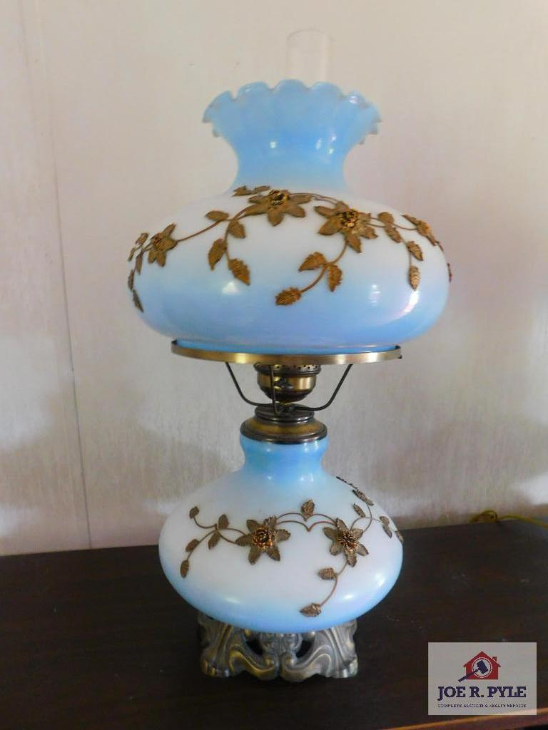 Double globe lamp with applied gold decoration