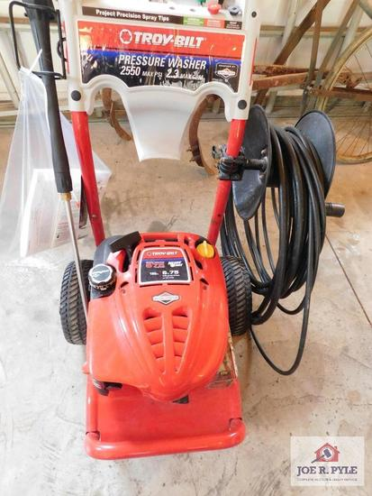 Power washer, hose reel and extra hose