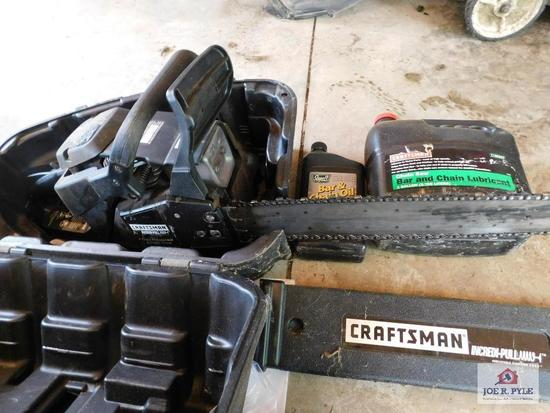 Craftsman chain saw w/case