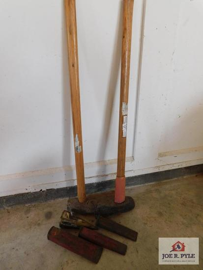 Sledge hammer, log splitter and wedges