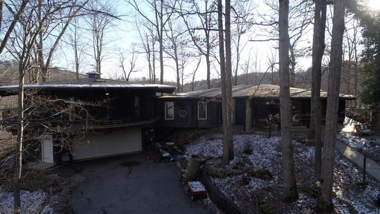 2 Unique Homes on 8 Acres - Winfield, WV