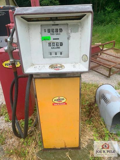 Pennzoil Gas Pump