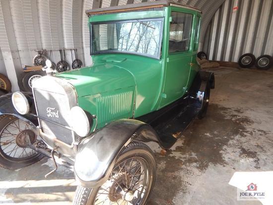1927 2 door Model T