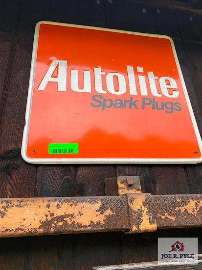 Autolit Spark Plug Sign (2 Count)