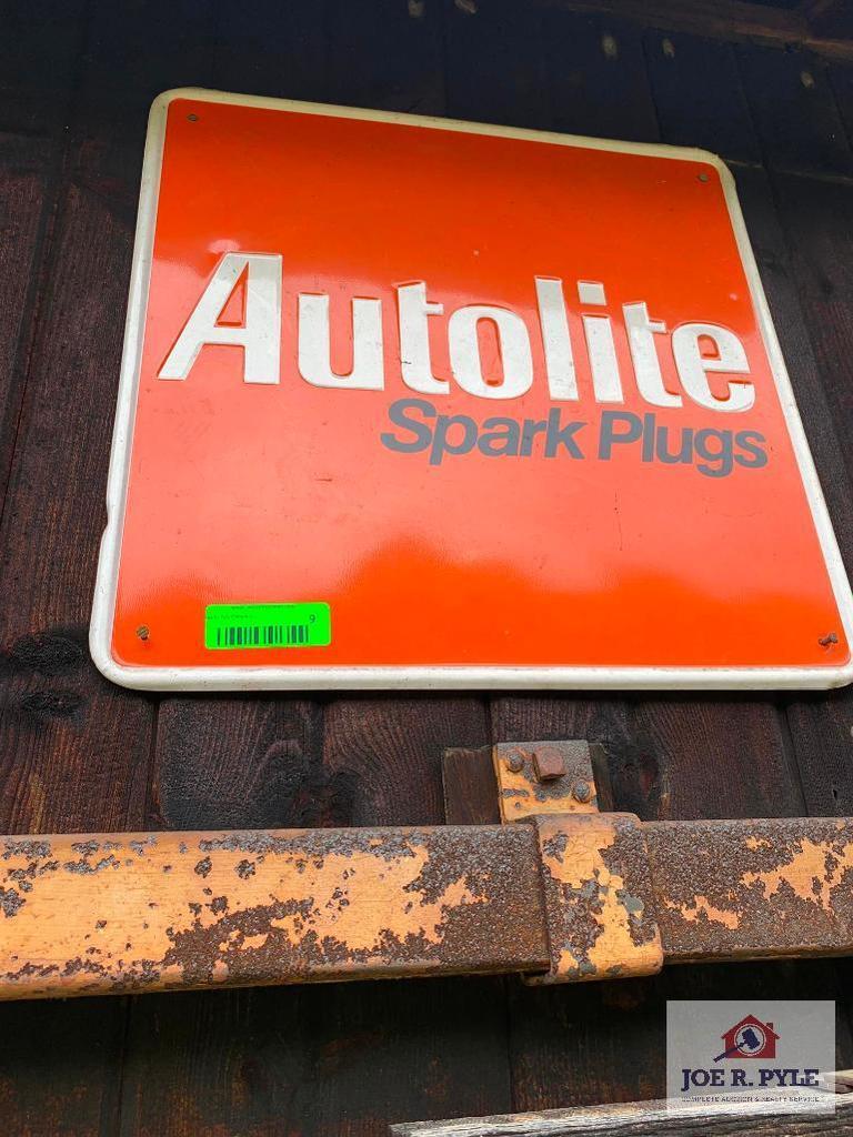 Autolit Spark Plug Sign (2 Count)