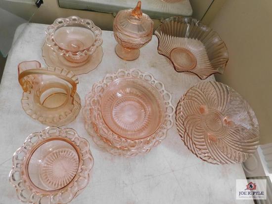 Collection of depression glass: basket ,bowls, platter