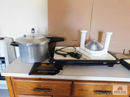 Pressure cooker, warming tray &