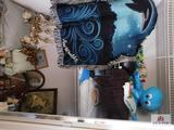 Blankets, picture, decorative items, pillows