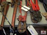 2 bolt cutters