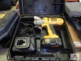 Dewalt 18v battery op drill w/ charger