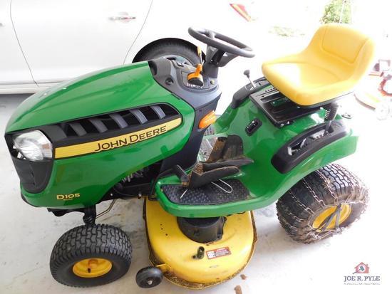 John Deere D105lawn tractor 96 hrs.