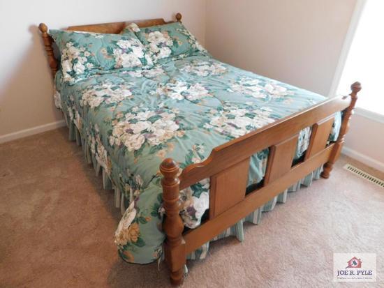 Modern oak bed/ full-size