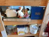 decorator items, juicer, salad spinner
