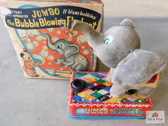 Jumbo the bubble blowing elephant